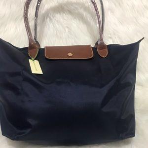 NWT.  Longchamp Le Pliage NAVY BLUE Shoulder Bag